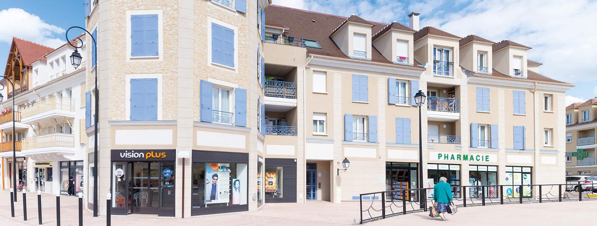 TIGERY VILLAGE à TIGERY (91) - Place du Plessis-Saucourt